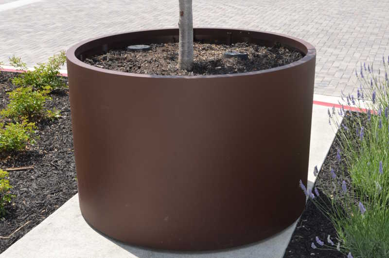 Closeup of 60 inch cylinder planter