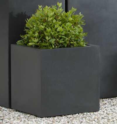 Metropolitan Lite Square Planter Black