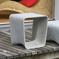 Ecal Stool Table (Fiber cement in gray finish)