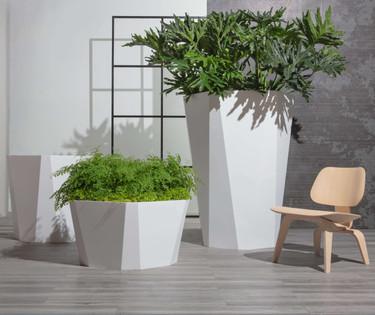 Facet Planter Grouping - ALUMINUM Linen White