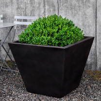 Davos Square Planter (Glass Fiber Reinforced Concrete in Nero Nuovo Finish)