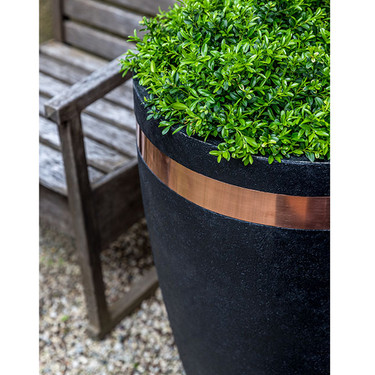 Moderne Tapered Planter Detail - Cast Stone in Nero Nuovo Finish
