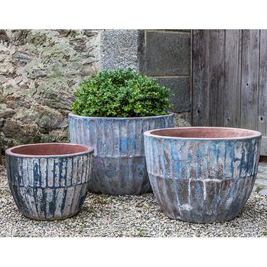 Velia Planters (Terracotta in Vicolo Mare Finish)