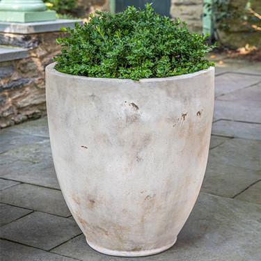 Rovigo Planter: Terracotta in antico finish