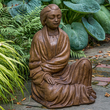 Ayumi Garden Statuary - Material: Cast Stone - Finish: Pietra Nuova