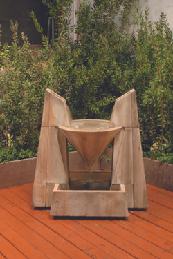 Daccapo Fountain - Material : GFRC - Finish : Sierra