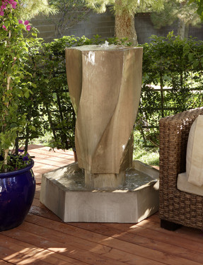 Vortex Fountain - Material : GFRC - Finish : Sierra