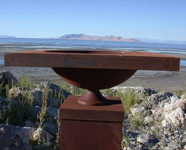 Urn Planter - Material : Mild Steel - Finish : Natural Rust