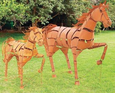 Trotting Metal Horse Sculpture