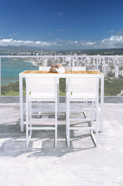 Allux Bar Chairs with Allux Bar Table - Powder-Coated Aluminum (white), Batyline (white)