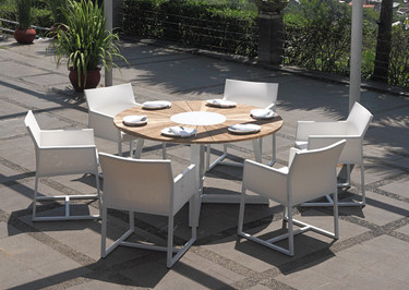 """BAIA Round Table 59"""" with Mono Dining Chairs"""