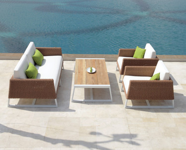 BAIA 2-Seater Sofa | Modern & Comfortable Outdoor Wicker Loveseat Sofa