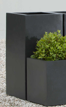 Modular Lite Column Planter - Material : Clay Composite - Finish : Black Onyx