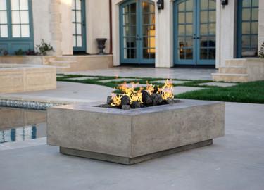 Tavola I Fire Table (pewter)