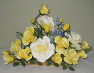 "Boehm ""Yellow Rose Of Texas Centerpiece"" F355"