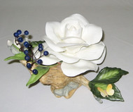 "Boehm ""White Rose With Juniper Berries & Butterfly"" F508"