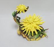"""Boehm """"Cactus Dahlia"""" 300-33"""