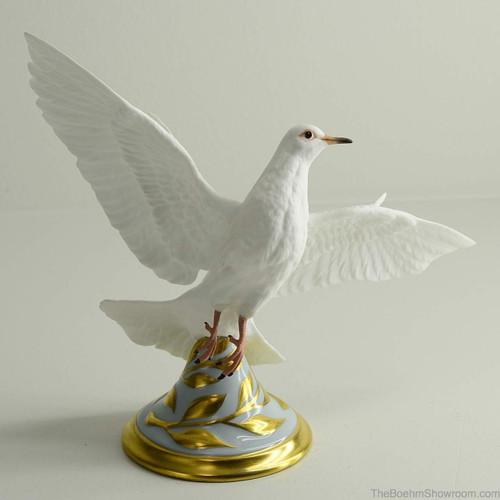 Boehm Global Peace Dove Hallmark 40347