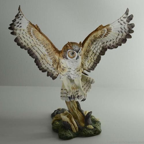 Boehm Great Horned Owl Hallmark 10193