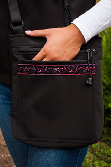 SHOULDER BAG / (Softshell) / Black,  / Velvet-Plumwine (trim)