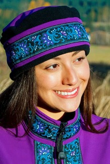 WOMEN'S AURORA HAT / (Softshell) /  Razzlberry, Black,  / Wild Geranium (trim)
