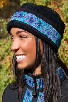 WOMEN'S AURORA HAT / (Softshell) / Solid Black,  / Tres Belle-Blue(trim)
