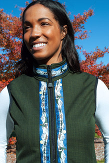 WOMEN'S GLACIER VEST / (Softshell) /  Fjord, / Race Is On-Green (trim)