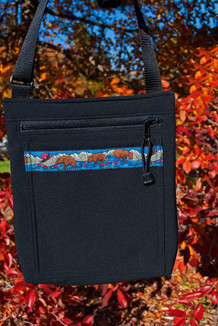SHOULDER BAG / (Softshell) / Black,  / Katmai-Navy (trim)
