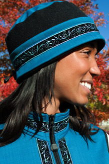 WOMEN'S AURORA HAT / (Softshell) /  Ocean, Black,  / Velvet-Blue (trim)