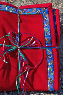 BLANKET - 5' x 5'  / (Double-Sided Thermal Fleece) / Red, / Alaska Chatter-Cobalt (trim)