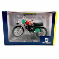 Husqvarna Cross 250 1970 Replica Model Bike 1:12 Scale