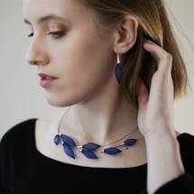 VLUM - 'Collier-Pineux' Choker Necklace Dark Blue Bleu Roi Ras de cou Épineux