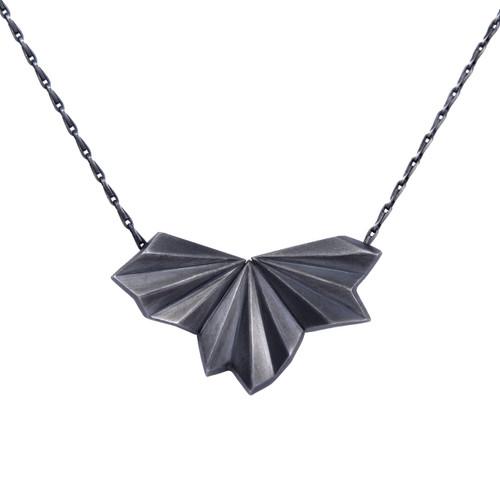 Alice_Barnes_pleated_black_fan_necklace_oxidised_silver_handmade_jewellery
