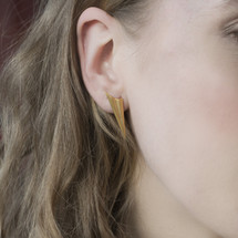 Alice_Barnes_gold_plated_earrings_spiked_pleated_statement_eye-catching_handmade_jewellery