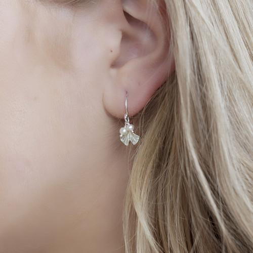 Catherine_Weitzman_handmade_jewellery_earrings_Hawaii_recycled_sterling_silver_freshwater_pearls