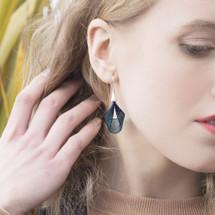VLUM_Paris_earrings_handmade_dark_blue_green_silver_nylon_threading_petale