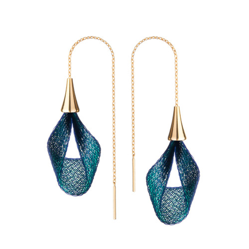 VLUM_Paris_handmade_earrings_nylon_threads_mixed_blue_gold_plating_Pétale_threader_pull_through_long_statement