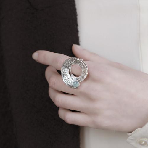 Tina_Kotsoni_sterling_silver_blue_chalcedony_handmade_jewellery_ring_swirl