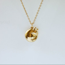 Jana_Reinhardt_gold_plated_curled_up_cat_necklace_handmade_jewellery