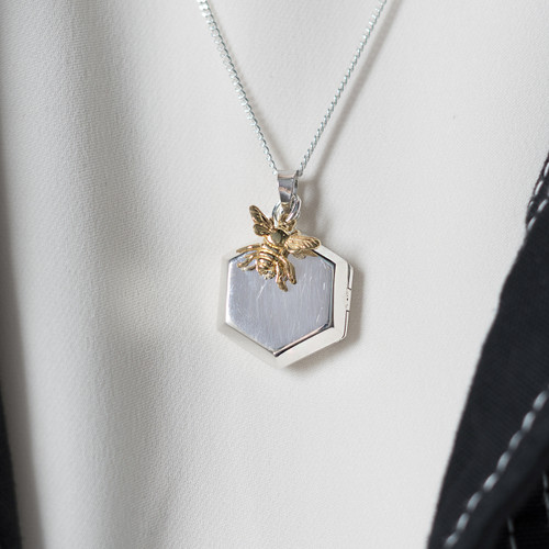 LILY_BLANCHE_Gold_Plated_Honey_Bee_Honeycomb_Silver_Locket_necklace