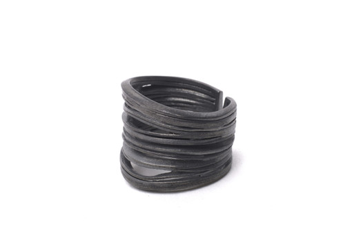 handmade_jewellery_ring_Inês Telles_Lisbon_portugal_oxidised_sterling_silver_Oya_statement_chunky