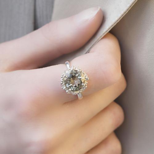 sterling_silver_textured_ring_green_amethyst_gemstone_statement_eye_catching_sparkly