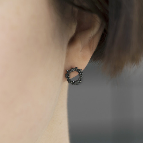 Mounir_London_oxidised_sterling_silver_circle_studs_earrings_textured_small_stylish_handmade