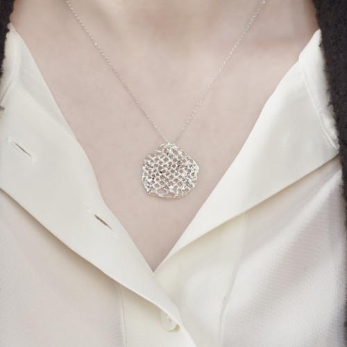 Tina_Kotsoni_sterling_silver_weaved_disc_necklace_handmade