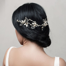 handmade_bridal_hair_accessories_light_gold_hair_vine_leafy_natural_wedding_accessories_En_Vogue