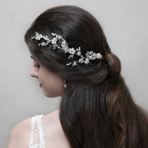handmade_hair_vine_Swarovski_pearls_beads_bridal_hair_accessories_wedding_accessories_floral_nature_inspired_Arianna