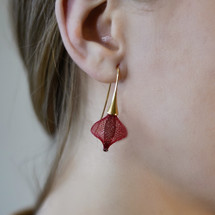VLUM_Paris_handmade_earrings_gold_plating_nylon_threads_dark_red_statement_Boucles_D'oreilles_Volubiles