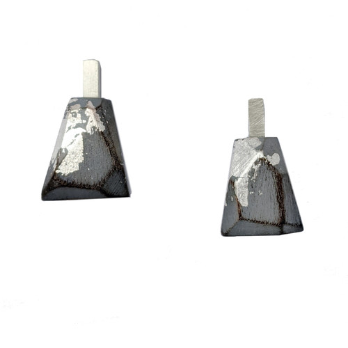 cristina zani grey small triangle earrings