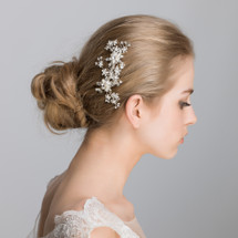 Elsa frosty flower bridal hair comb.