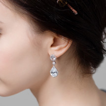 Dionne_clear_crystal_earrings_bridal_jewellery_teardrop_statement_bridesmaids_jewellery